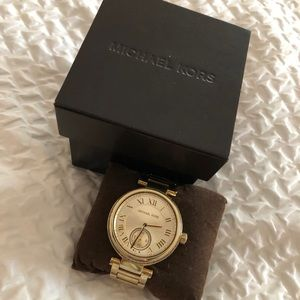 Michael Kors MK5867 Skylar Gold Bracelet Watch